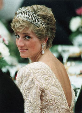 lover's knot tiara