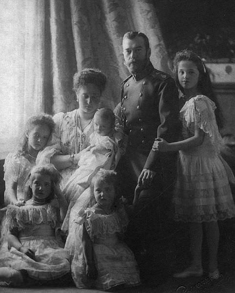 Matrimonio Romanov : Emofilia una malattia nella storia