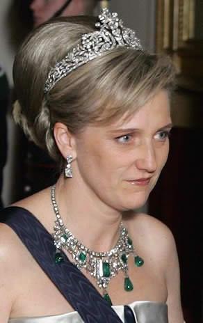Il collier di smeraldi ora viene indossato dalla nuora di margherita