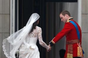 Royal+Wedding+Newlyweds+Greet+Wellwishers+HOO1WQpkqWBl