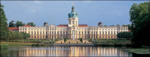 charlottenburg_panorama_schmal