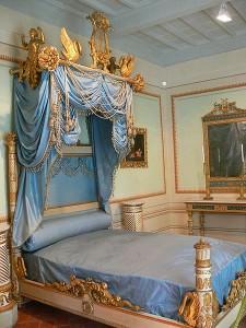 la camera dell'imperatore alla palazzina dei Mulini