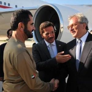 Lo sceicco Al Maktoum accolto all'aeroporto di Ancona-Falconara dal presidente della Regione Marche Spacca