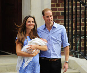 Kate+Middleton+Prince+Cambridge+Makes+Debut+xNb7p47KAIXl