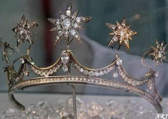 Maxima dei paesi bassi e i gioielli storici degli orange for Tiara di diamanti