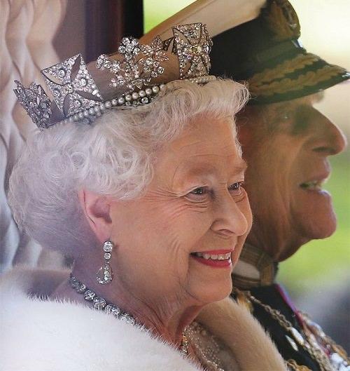 Regina-Elisabetta-90-anni