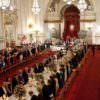 La tavola della regina, tutti i segreti delle serate di gala a Buckingham Palace