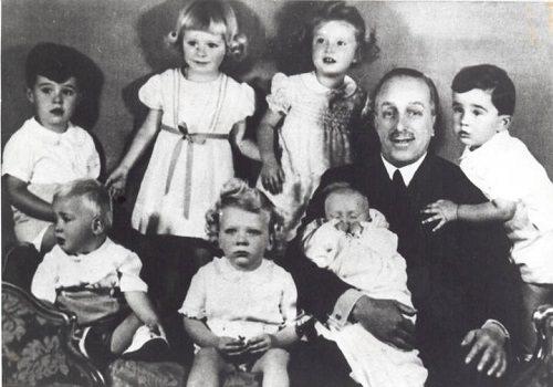 Re di Spagna, Alfonso XIII con i nipoti