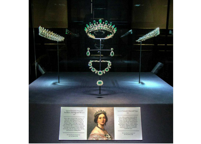 Kensington Palace display gioielli